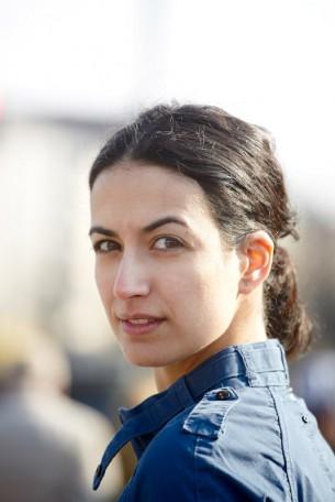 Die Schauspielerin und Sängerin Sanam Afrashteh. Sanam at Myspace|Facebook|Löwenzahn   6 images