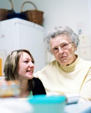 Eine Werbung hinterfragt unsere Motivation. Bei den Dreharbeiten um die Altenpflegerin Katharina Klan, begleitete ich das Team von Trigger Happy Productions.  Kunde: Volksbanken und Raiffeisenbanken e.V.  8 images